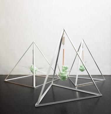 organic-detonation-triplett-organisch-kristallin-bewegung
